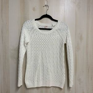 ✨3 for 20✨Mossimo Knit Sweater Cream Size Small